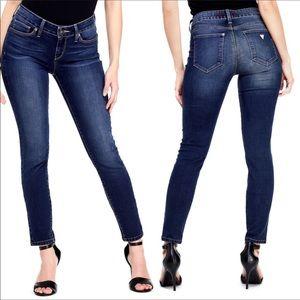 Guess medium high rise skinny jeans 28/6